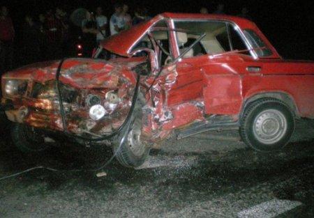 ДТП в Харькове: погиб человек и пострадала семья (ФОТО)