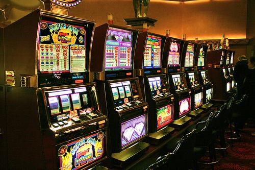 Где поиграть в автоматы в харькове играть в игровые автоматы бесплатно и без регистрации лягушки