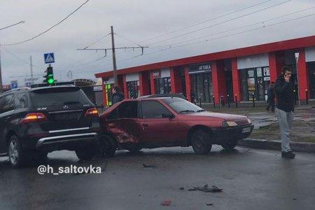 На Салтовке – ДТП (фото)