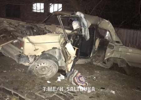 Авария в Харькове: машина - вдребезги (фото)